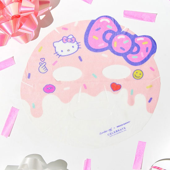 Hello Kitty Celebrate face mask
